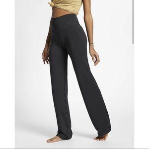 NIKE Women's Power Yoga Training Pants - XL